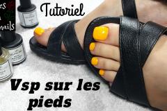 Comment-mettre-du-vernis-semi-permanent-sur-les-pieds-Vsp-Roses-on-the-nails