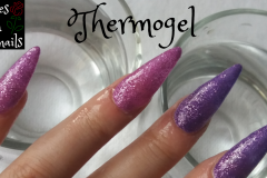 thermogel-stiletto-roses-on-the-nails
